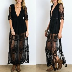 Wishlist Women's Maxi Dress Lace Black Overlay